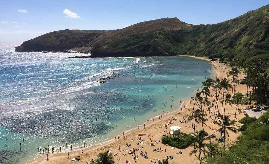 Playa hawaii Montaña y océano