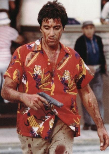 Al-pacino Camisa Aloha roja en Scarface